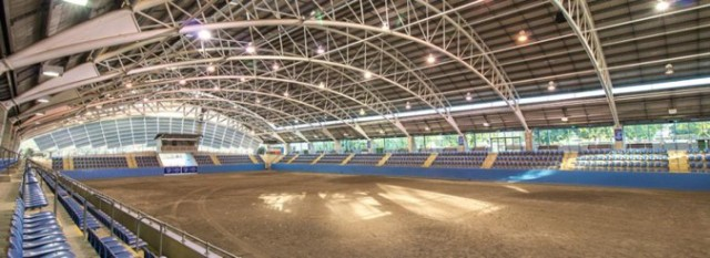 siec_indoorarena_seating_1